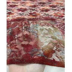 Renda Tipo Chantilly Tie Dye Marsala com Laranja com Fios Dourado